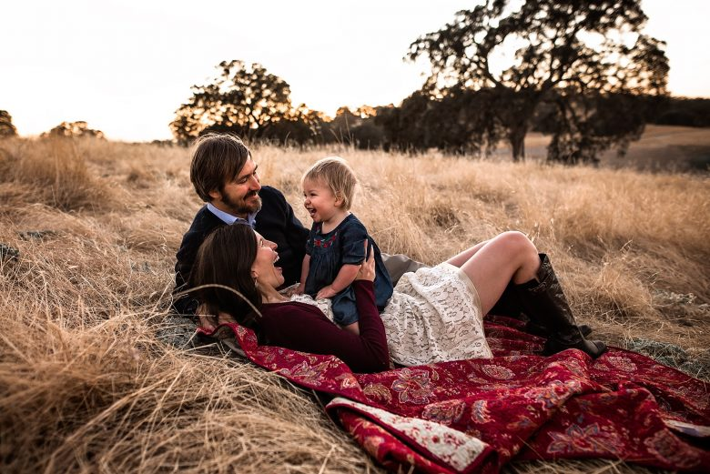outdoor photography, lifestyle photographer, family photography