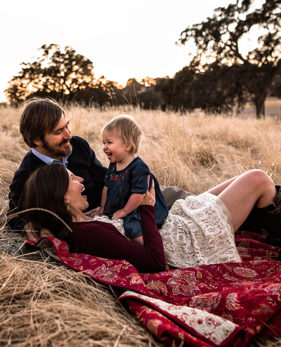 sunset family photos, family sessions at sunset, beach sessions summer sunset