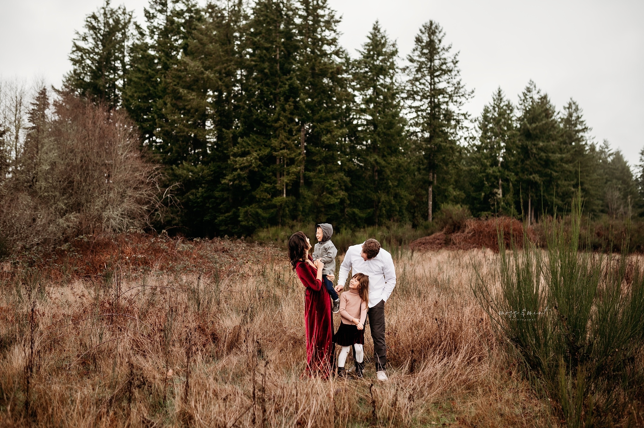 winter family session on the key peninsula